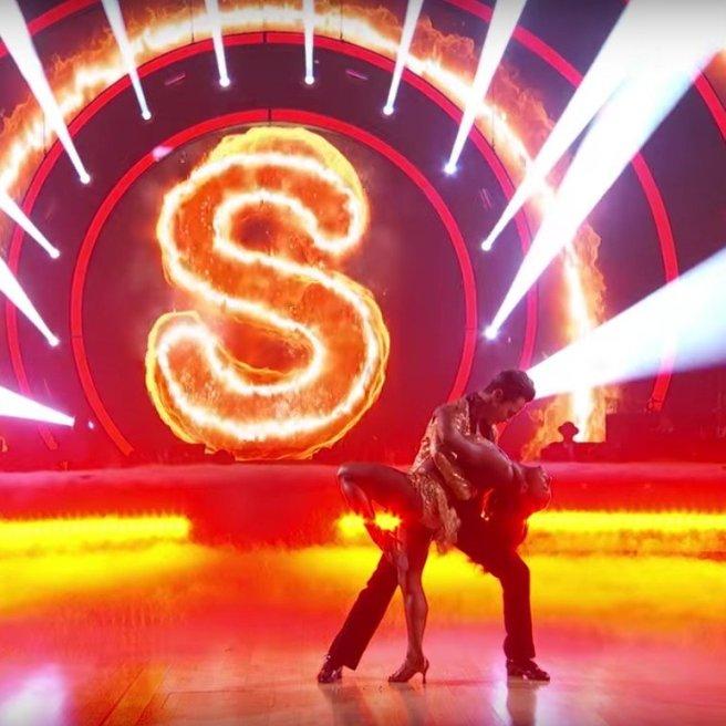 Simone-Biles-Cha-Cha-Dancing-Stars-Video