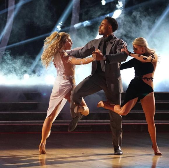 rashad-jennings-trio-dance-dancing-stars.png