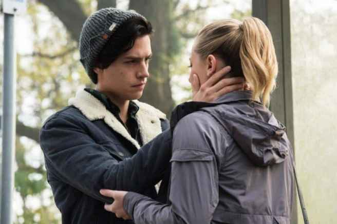 everything-there-is-to-know-about-riverdale-season-2